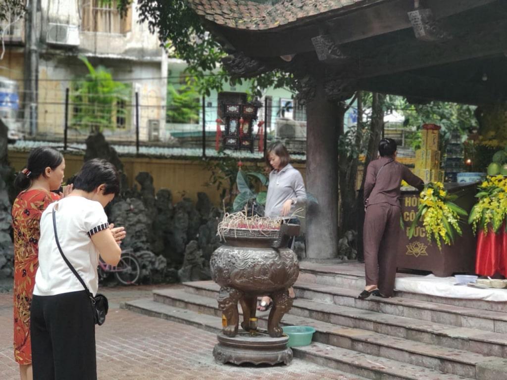 chùa xin con ở Hà Nội