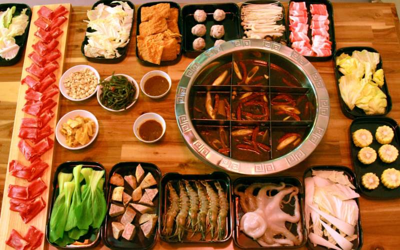 Lan Kwai Fong chuyên về các món Trung đậm vị
