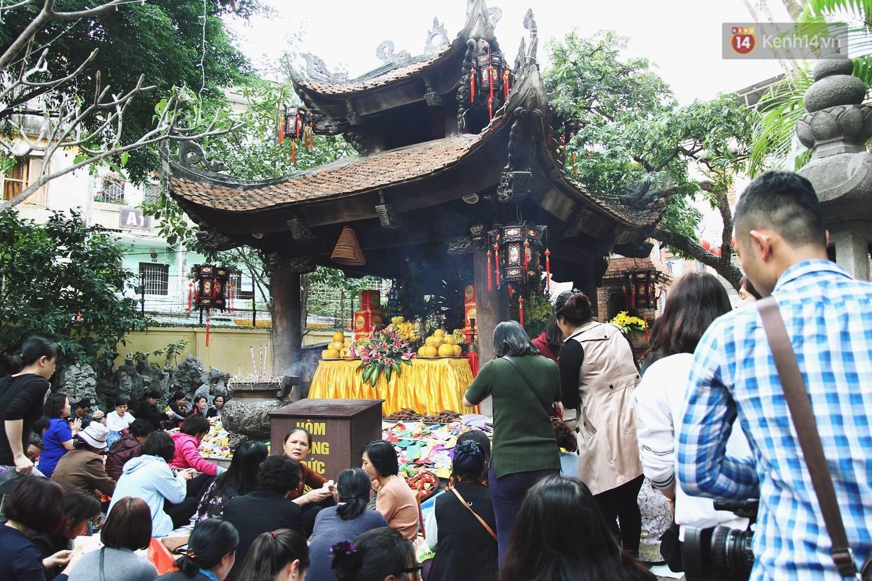 chùa cầu tình duyên ở Hà Nội